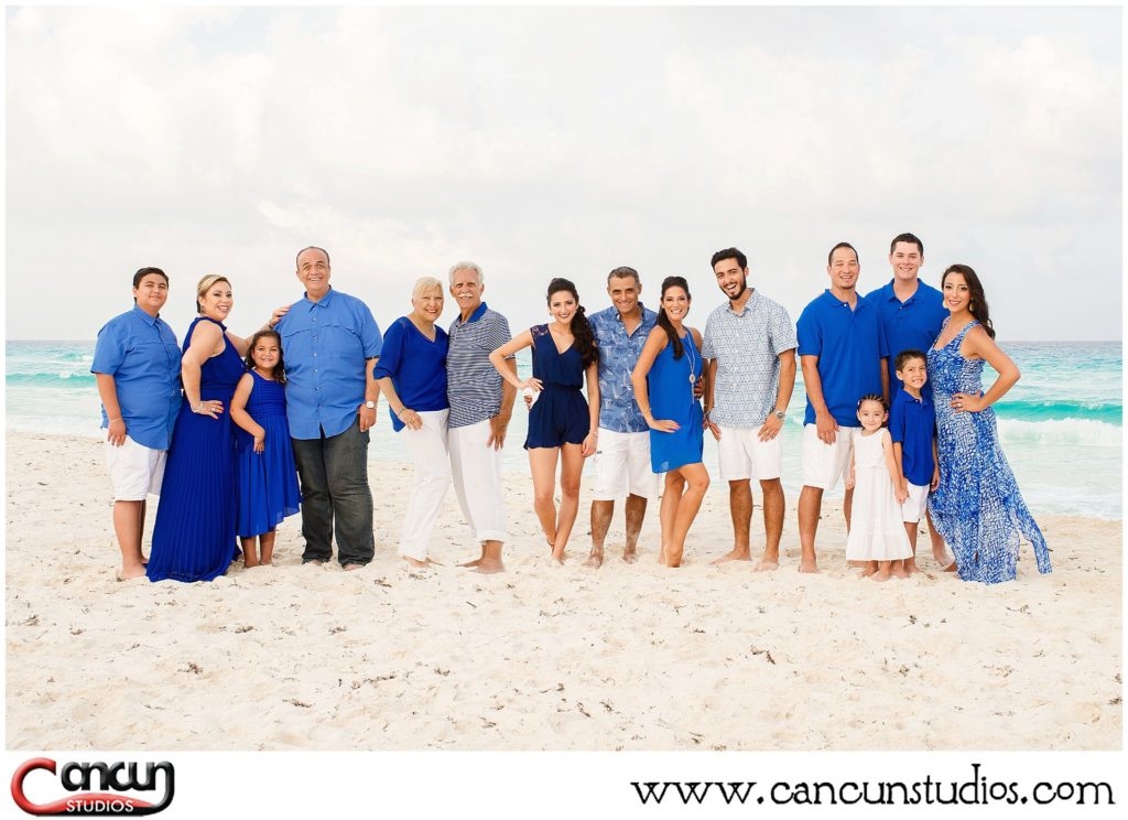 Cancun Beach Photo Session on a Cloudy Day